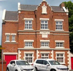Oadby's former National School of 1847 was converted into flats in 2000
