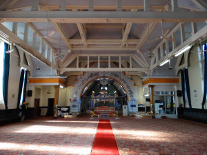 Figure 3: The darbar sahib (prayer hall) at Guru Amar Das Gurdwara, formerly a Baptist church. © Clare Canning 2016